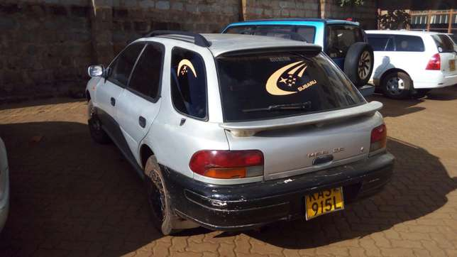 Subaru impreza 5 speed manual 1500cc 4wd Kasarani - image 4