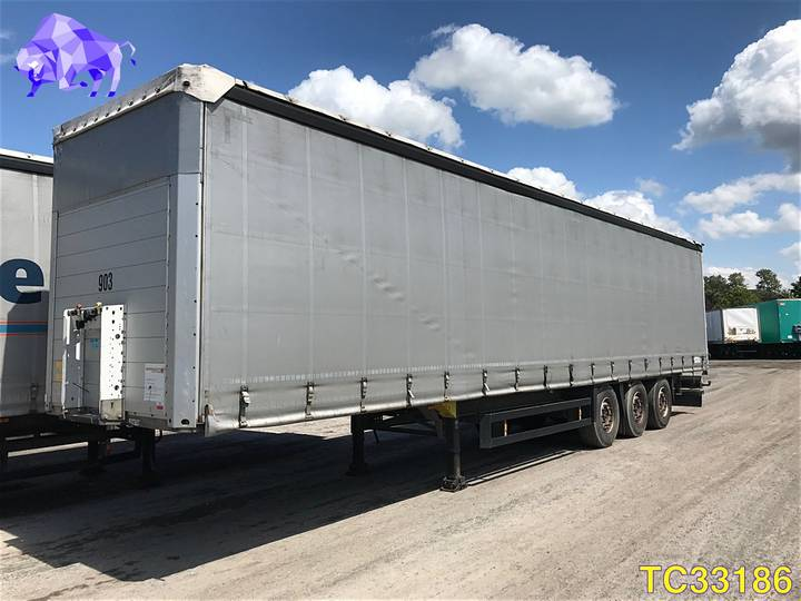Schmitz Cargobull Curtainsides - 2012