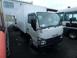 Isuzu elf model 2009