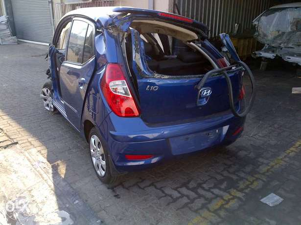 i10 stripped spares to go Durban North - image 1