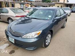 2004 Toyota Camry ( Leather)