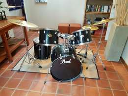 Pearl Target drum kit, with Meinl cymbal set.