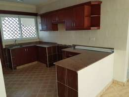 ADMIRABLE 3 Bedroom Apartment for Rent in links Road