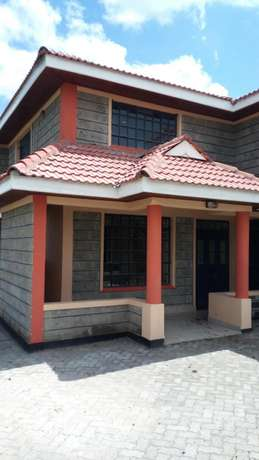 Lavish 5 bedrooms ensuite sale Epz Kitengela - image 3