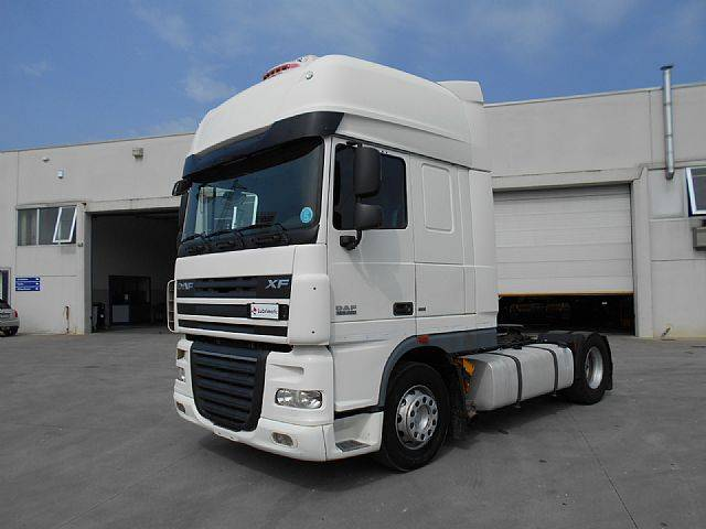 DAF FT XF 105.460 Super Space Cab - 2011