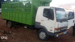 Mitsubishi Fuso Fighter Lorry