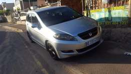 2005 Honda FRV,2.0 i vtec ,6 seater,fsh,car is clean