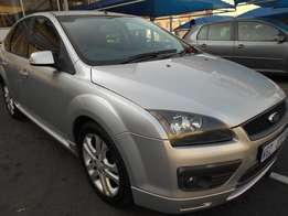 2007 Ford Focus 1.6 with Leather Seat For R75000