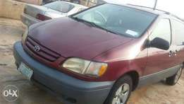 1st Body 2002 rarely used Sienna