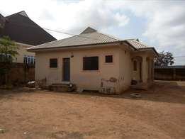Big 3bedroom flat to let around Loaded and Dominion hotel FHA Lugbe