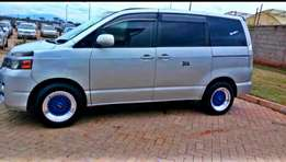 Toyota Voxy/Noah for sale