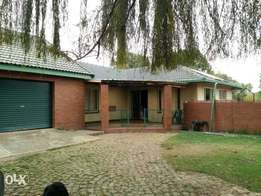 House for rent pomona kempton park