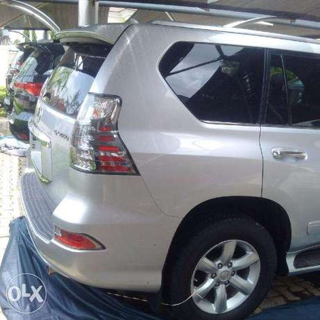 Fairly New Lexus GX 460 Silver coloured Wuse 2 - image 2