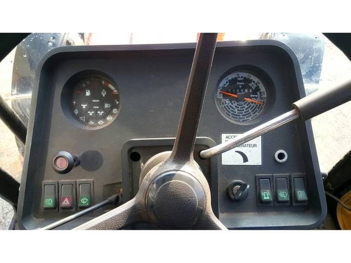 Case IH 845 XL - 1985 - image 8