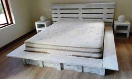 Box bed with headboard C/Elegant series Queen size Combo - Chalk paint