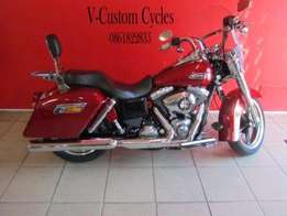 Stunning 2012 Dyna Switchback, with Nice Extras!