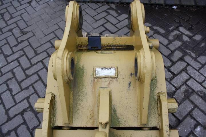 Caterpillar Cw55 Quick Coupler - 2007 - image 6