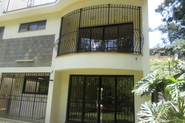 A 4 bed townhouse with SQ for rent in Westlands Westlands - image 4