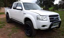 2007/08 Ford Ranger Supercab XLT LOW LOW LOW LOW KM!!!