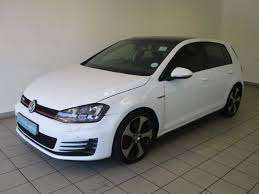 Stripping Golf 7 R, roof and sunroof selling for R65000