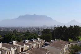 PAROW ? Fairfield Est..Neat Apartment, Stunning VIEWS, NOW SOLD !!!