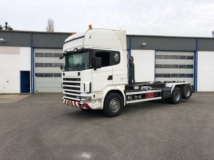 Scania R114 6x2 380 - 2004