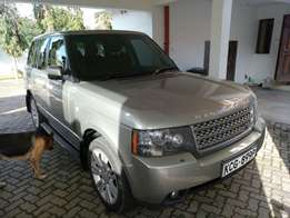 Range rover Vogue 2009 model KCG 899P Loaded with navigation DVD CD