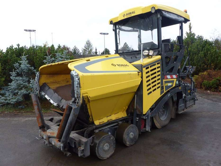 BOMAG Bf 300 P-2 S340-2 Tv - 2016
