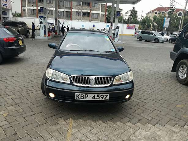 Nissan Sunny supper salon Nairobi CBD - image 8