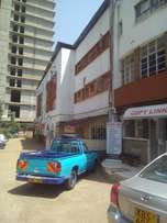 very big office to let in westlands
