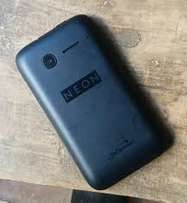 Neon Kicka smartPhone, 2 months old, very cleanm condition