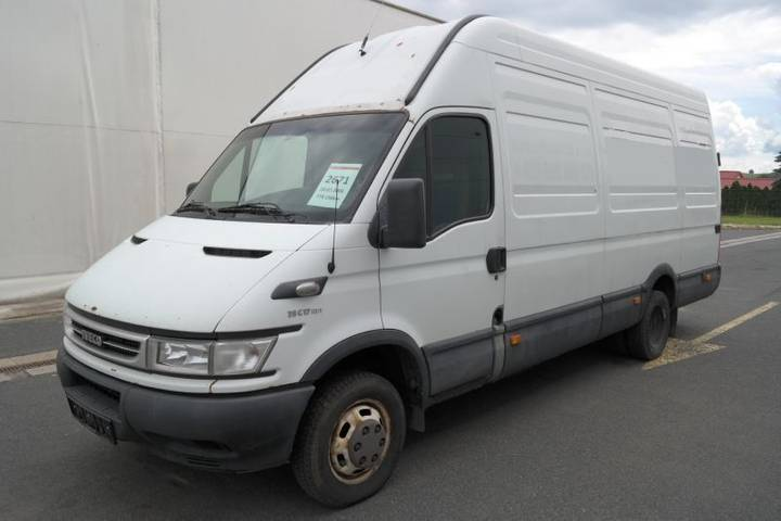 Iveco DAILY EURO 3 do 3,5t - 2006