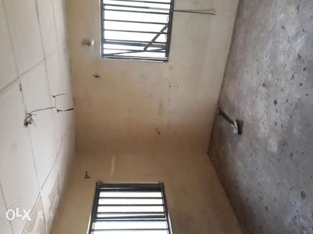 A One bedroom flat to Let in wuse zone 6 Wuse - image 4