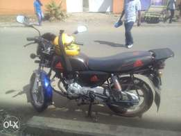 Im Selling Boxer bajaj 150cc in good condition 2