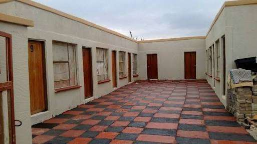 Looking for a room to rent Diepkloof - image 1