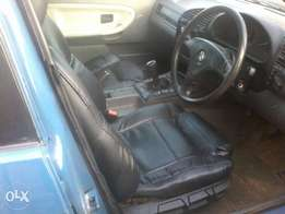 318 bmw, dolphin, running and in good condition