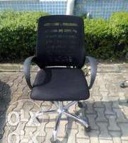 AR4 Quality & Strong Mesh Office Chair(New)