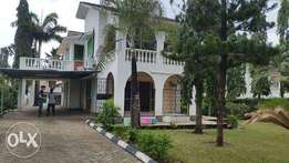 Modern 4 bedroom own compound Mainson to let Nyali