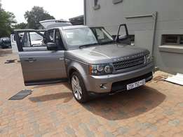 2010 Land Rover Range Rover Sport 5.0 V8 Supercharged with 47000km.