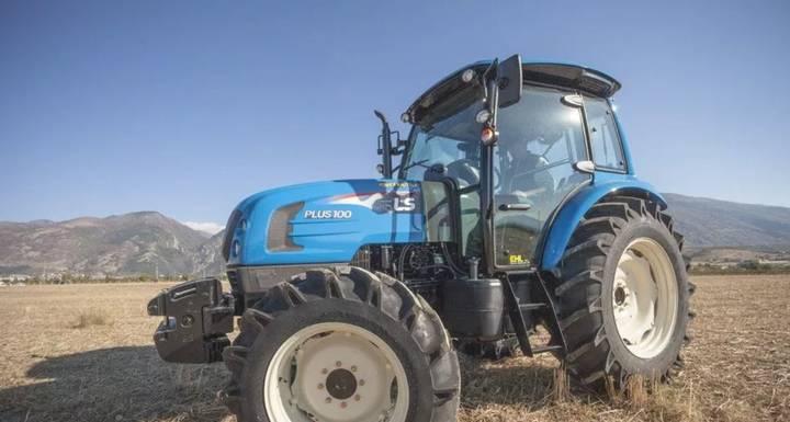 LS Mtron Tractor LS Model PLUS100 CAB, 95 CP, Franare Pneumatica - 2017