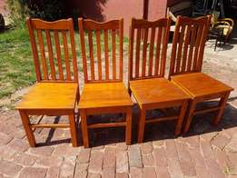 Dining Room Chairs x 4 J 2356