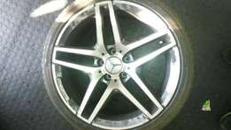 Mercedes 18 inch mags and tyres