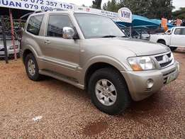 Mitsubishi Pajero 3.2 DiD SWB Automatic in Very Good Condition