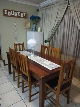 South Africa 6 Seater Dining Room Table And Chairs