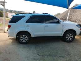 Toyota Fortuner 3.0 D4D 4x4 Manual 2008 model