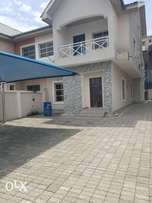 Lovely 4 bedroom duplex in dolphin estate Ikoyi Lagos