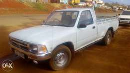 Very clean Toyota hilux pick up