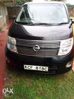 Nissan Elgrand 2008 model in mint condition