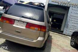 Clean Honda Odyssey for quick sale