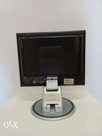 Urgent Sale: Philips 15inch PC Display LCD Screen LCD MONITOR